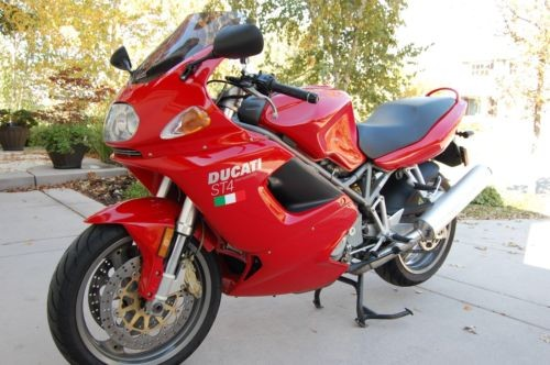 2001 Ducati Sport Touring Red photo