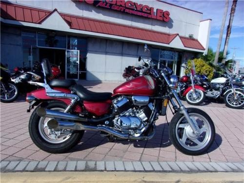 2001 Honda Magna -- Red photo