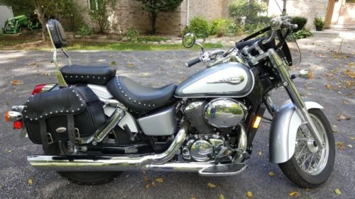 2001 Honda Shadow Blue photo