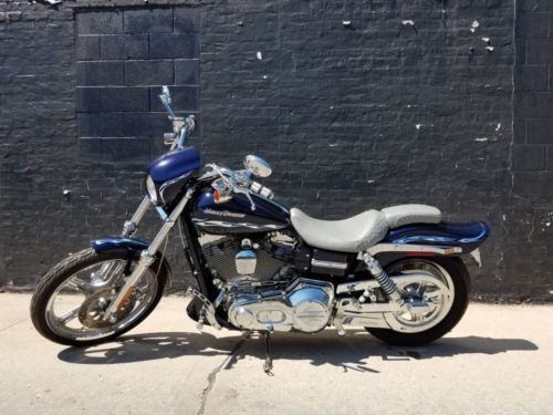 2002 Harley-Davidson Dyna Navy Blue Pearl w/Silver Leaf Flames photo