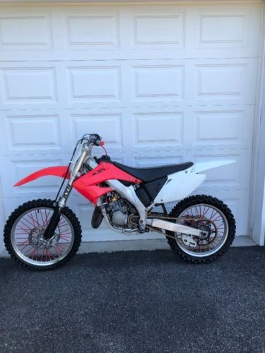 2002 Honda Cr125 Red photo