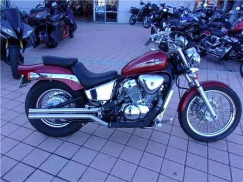 2002 Honda Shadow -- Red photo