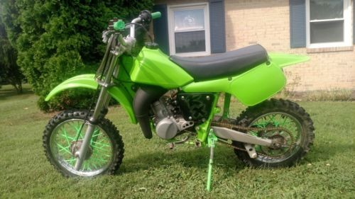 2002 Kawasaki KX green photo
