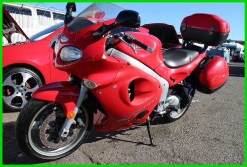 2002 Triumph Sprint ST Red photo