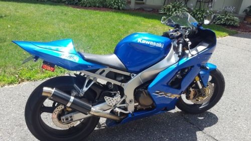 2003 Kawasaki Ninja Blue photo