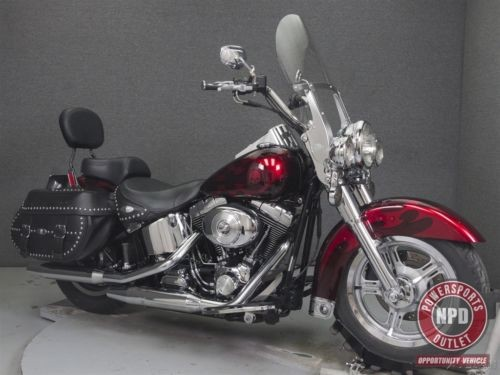 2004 Harley-Davidson Softail FLSTC HERITAGE  CLASSIC. Black photo