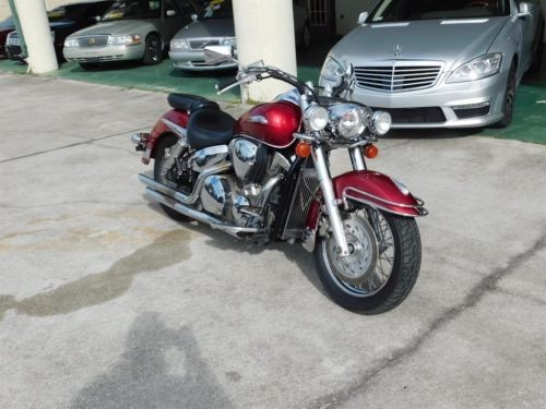 2004 Honda VTX1300s M/C Red photo