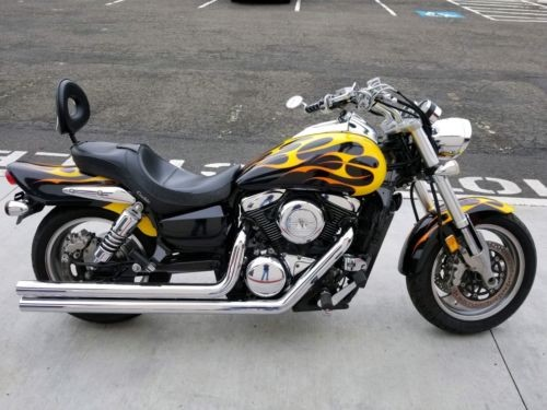 2004 Suzuki Marauder Black with Flames photo