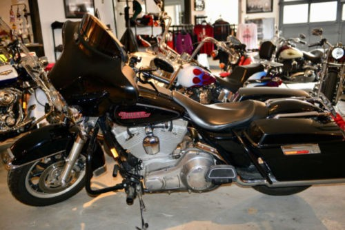 2005 Harley-Davidson Touring Black photo