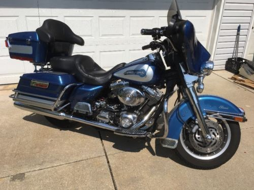 2005 Harley-Davidson Touring Blue / Silver for sale