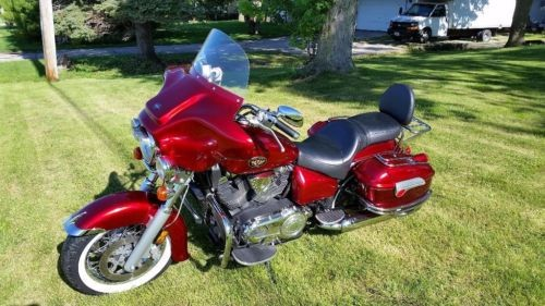 2005 Victory V92tc custom Red for sale
