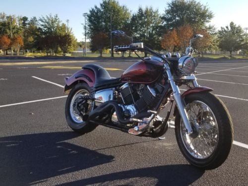 2005 Yamaha V Star Red photo
