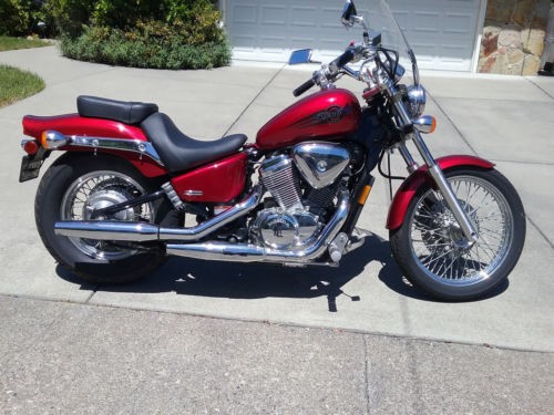 2006 Honda Shadow red for sale