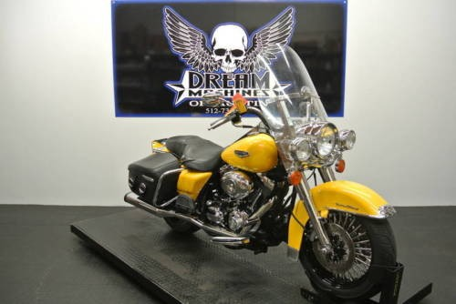 2007 Harley-Davidson FLHRC - Road King Classic -- Yellow photo