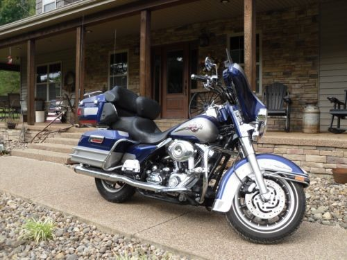 2007 Harley-Davidson Touring Blue photo