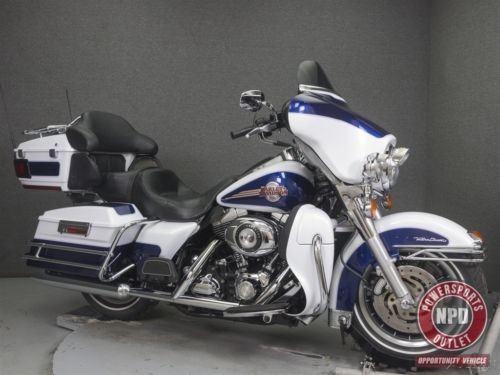 2007 Harley-Davidson Touring WHITE GOLD PEARL/PACIFIC BLUE PEARL photo