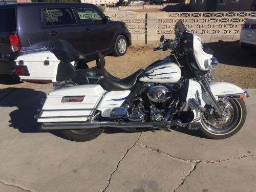 2007 Harley-Davidson Touring White w/tiny Blue & Silver Flakes for sale craigslist