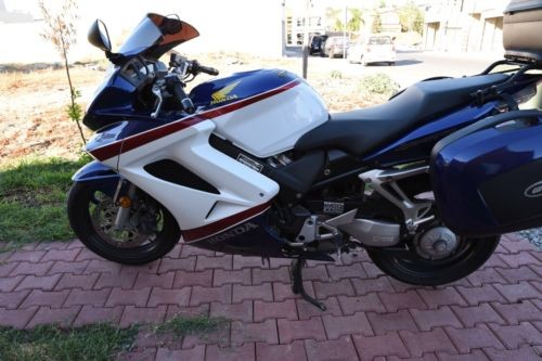 2007 Honda Interceptor blue red and white craigslist