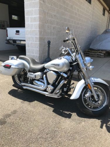 2007 Yamaha Road Star Silver for sale