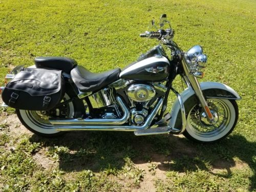 2008 Harley-Davidson Softail White Gold pearl and black pearl photo