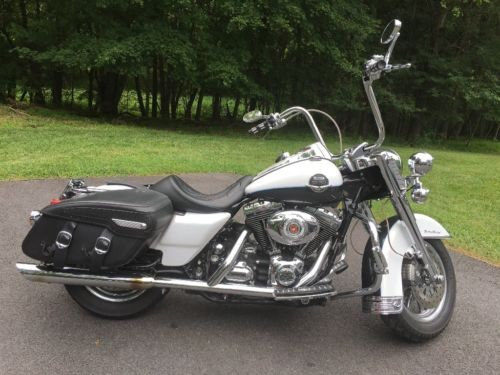 2008 Harley-Davidson Touring White and Black craigslist