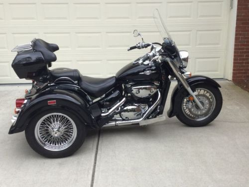 2008 Suzuki Boulevard Black photo