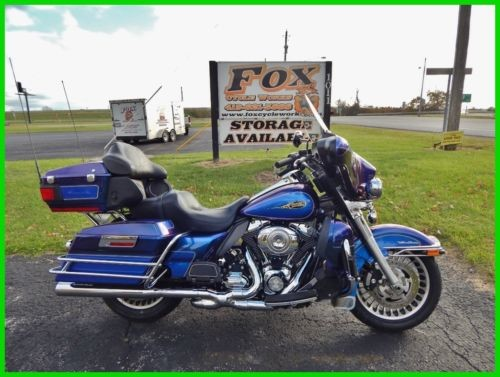 2009 Harley-Davidson Touring Ultra Classic® Electra Glide® Black Ice / Blue Ice photo