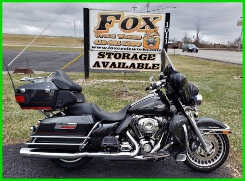 2009 Harley-Davidson Touring Ultra Classic Electra Glide Black Pearl photo