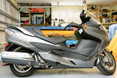 2009 Suzuki burgman 400 Gray photo