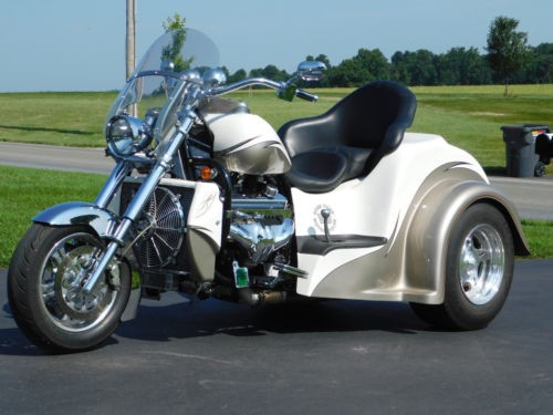 2010 Boss Hoss Coupe  photo