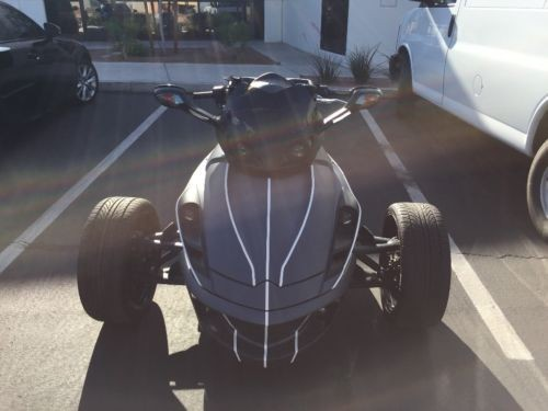 2010 Can-Am Spyder Gray photo