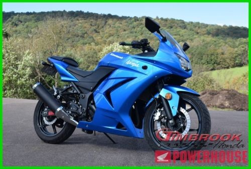 2010 Kawasaki Ninja 250R Blue photo
