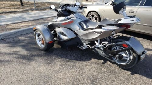 2011 Can-Am Spyder rs Gray photo