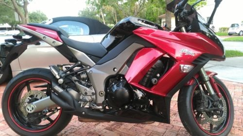 2011 Kawasaki Ninja Red for sale