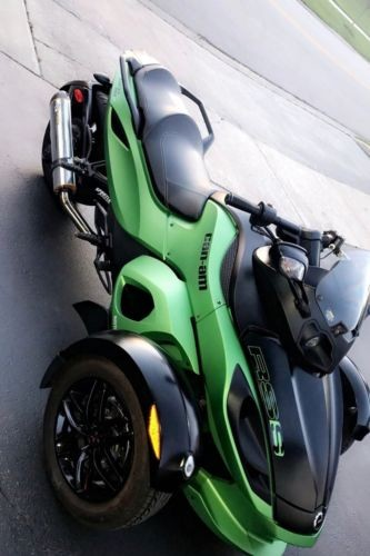 2012 Can-Am Spyder Green photo