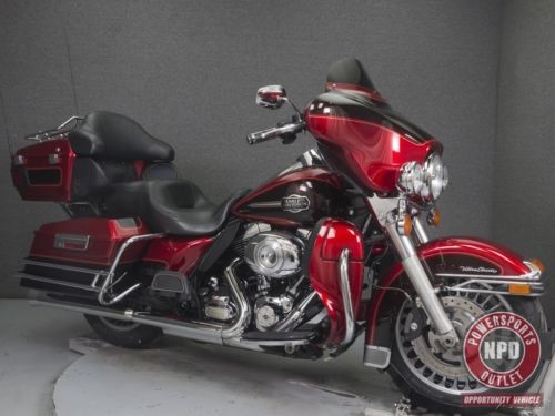 2012 Harley-Davidson Touring EMBER RED SUNGLO/MERLOT photo
