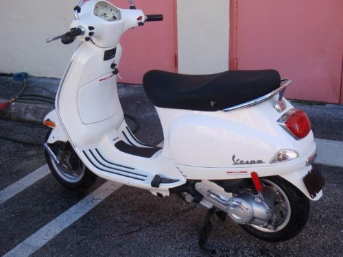 2012 Other Makes VESPA LX50 WHITE for sale