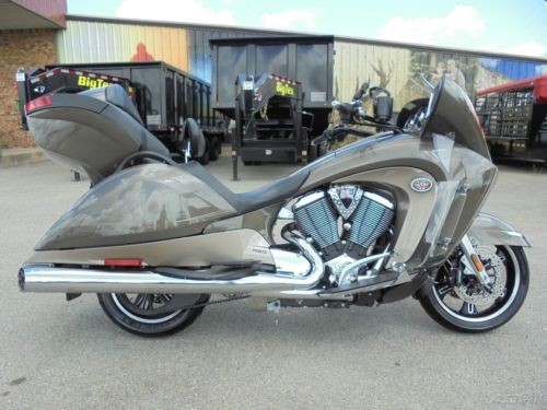 2012 Victory Vision™ SANDSTONE METALLIC photo