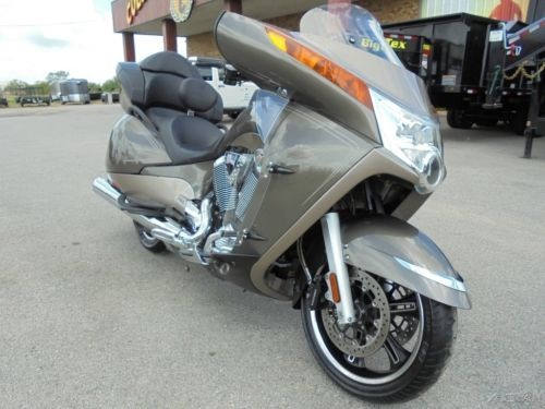 2012 Victory Vision SANDSTONE METALLIC for sale craigslist