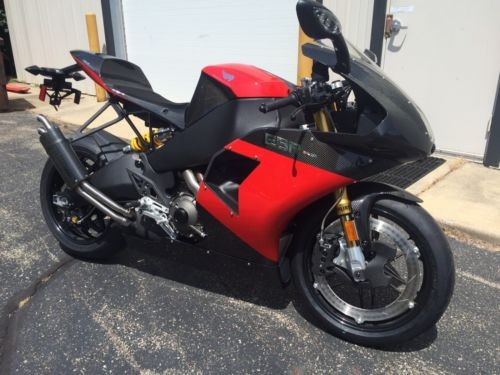 2013 Buell 1190 RS Carbon Red photo