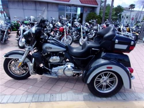 2013 Harley-Davidson Other TRIGLIDE Black photo