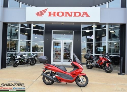 2013 Honda PCX 150  photo