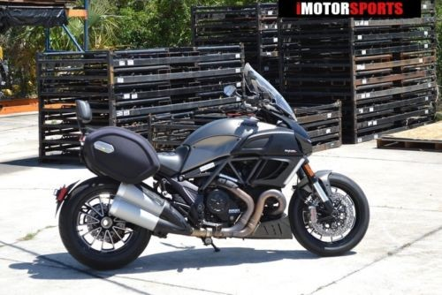 2014 Ducati Diavel Strada -- Gray photo