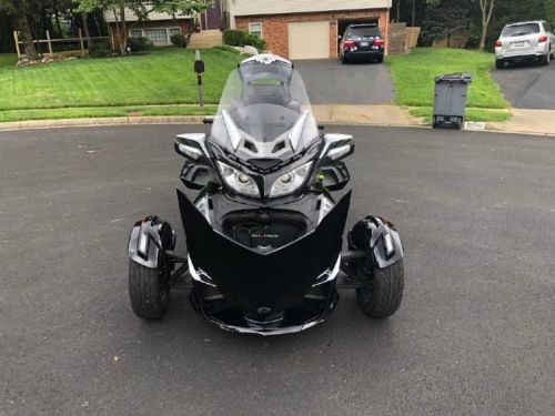 2015 Can-Am Limited SE6 Black photo