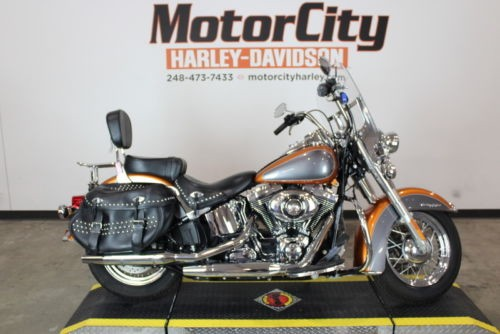 2015 Harley-Davidson FLSTC – Heritage Softail Classic — Amber Whiskey / Charcoal Pearl for sale craigslist