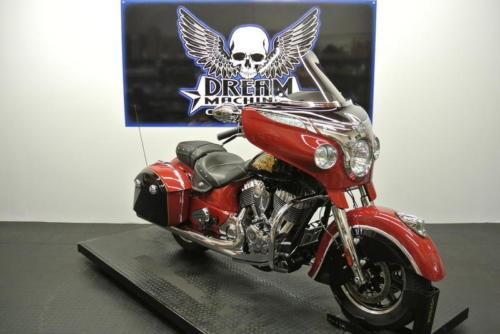 2015 Indian Chieftain Indian Red -- Red photo