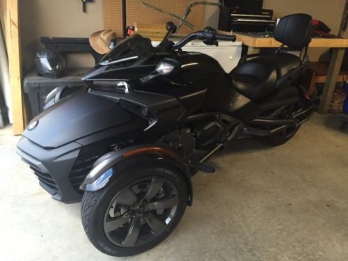 2016 Can-Am Spyder Black photo