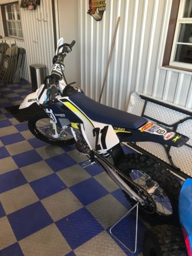 2016 Husqvarna FC450 Blue photo
