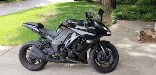 2016 Kawasaki Ninja Black photo