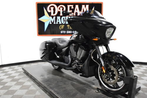 2016 Victory Cross Country 8-Ball Gloss Black — Black for sale craigslist